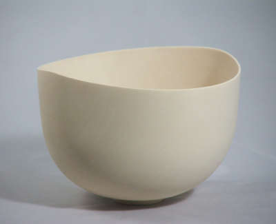 B Bowl In Holly 11Cms H X 14Cms D