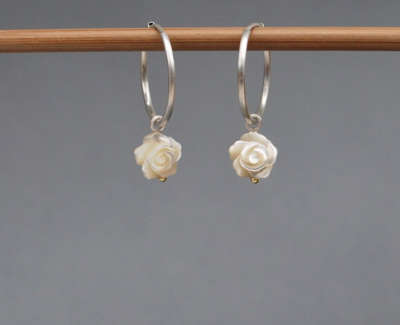Mother Of Pearl Roses Silve
